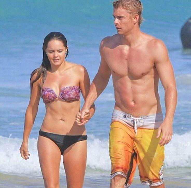 Rebecca Breeds and Luke Mitchell