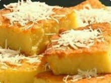 O bolo de macaxeira pode ser servido como sobremesa ou como lanche. Foto: Receitas.com