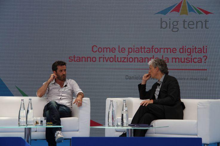 Singer-songwriter #DanieleSilvestri at #BigTentRoma. Concept and secretariat: #TriumphGroupInt.