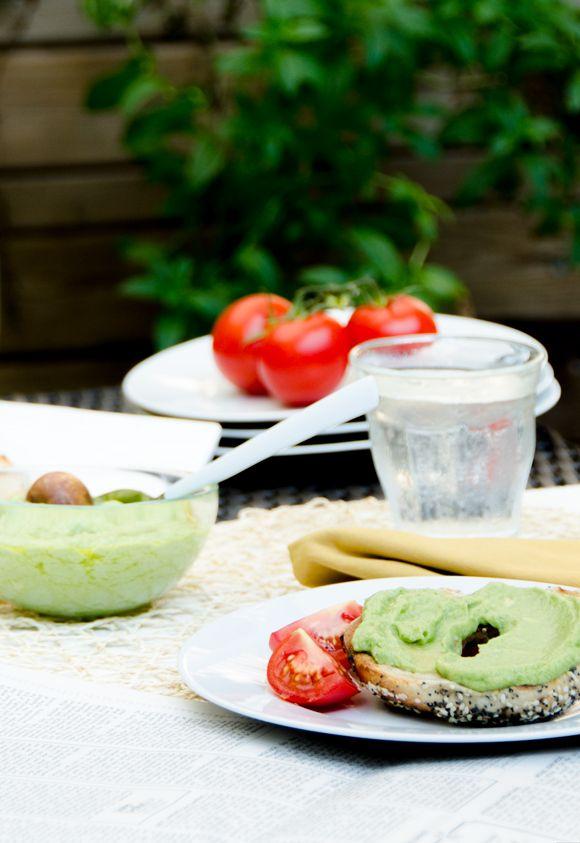Perfectly Summery Garlic Avocado Spread