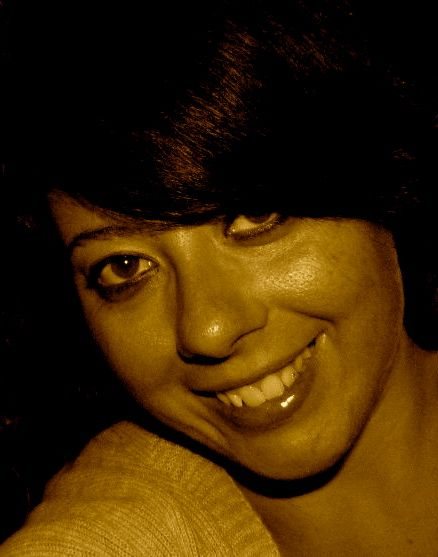 Elisa Di Battista - Un saluto artigiano! http://ornitorinko.com/2013/07/04/elisa-i-laureatiartigiani-e-le-loro-scelte-di-vita/