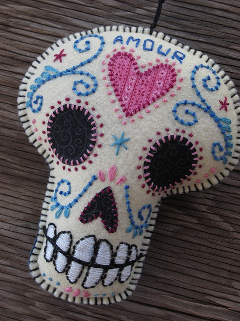 """Felt Day of the Dead Embroidered """"Amour"""" Sugar Skull"""