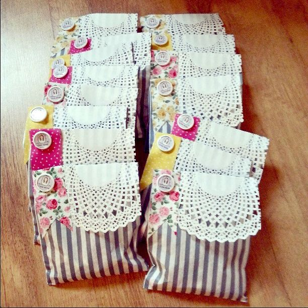 The Mrs Makes - Hen-do Treat Bags