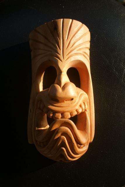проводах картинки резьба по дереву маски времен магия селекционная