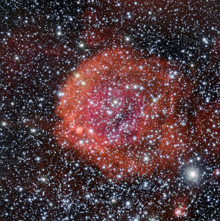 The star cluster NGC 371 appears in this new image from ESO's Very Large Telescope.