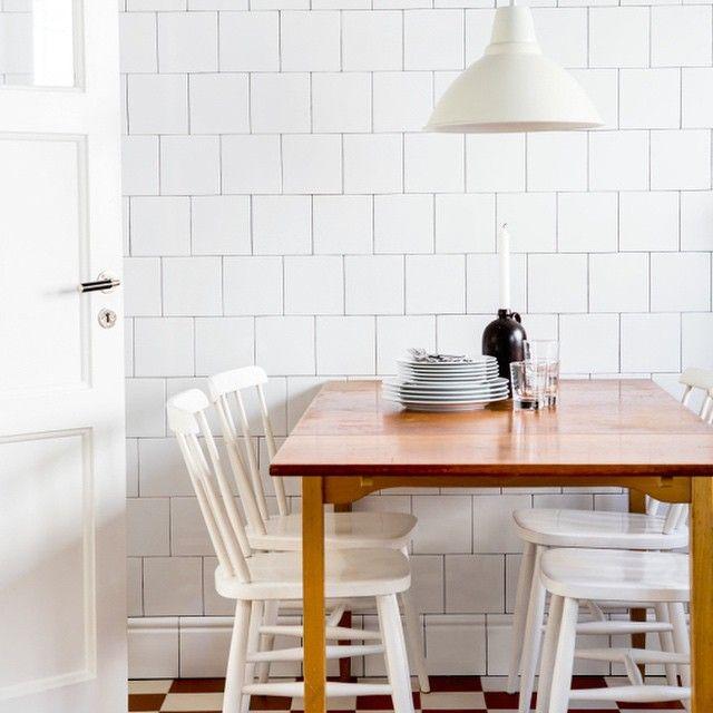 Simplicity. Beautiful! Pic source fantasticfrank.se #dining #tile #kitchen #kök #interior #inredning #matplats #dining #kakel