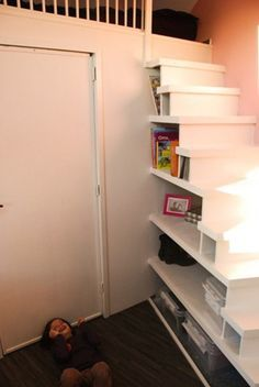 Idee voor trap naar de vliering slaapkamer pinterest zolder slaapkamer en trappen - Idee voor trappen ...