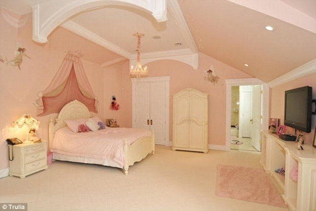 Mansion Bedrooms For Girls inside mansions - google search | ideas for my future mansion