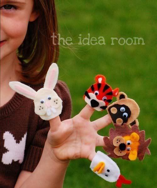 diy adorable felt animals of no sew finger puppets gift. Black Bedroom Furniture Sets. Home Design Ideas