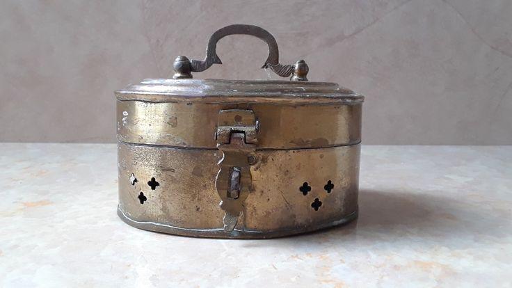 Brass jewelry box Shabby chic Potpourri box Trinket box
