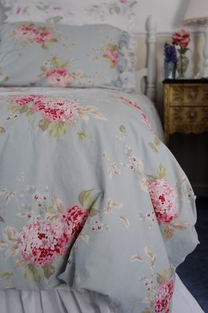 target shabby chic bedding   How wonderful it is