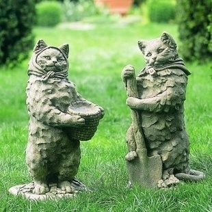 """Karen Nichols posted these lovely cats in """"Crazy Cat Gardening: Statuary"""". Aren't they lovely? She says """"Most crazy cat ladies I know who have gardens love gardening. Because, of course, cats are the very best garden snoopervisors you can find, and it's a great way to spend quality time with your furry friends and be productive at the same time."""" We can't agree more."""