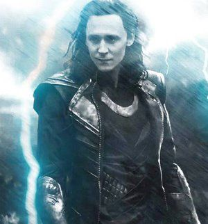 Loki>>Tom needs to have loki hair all the time tbh