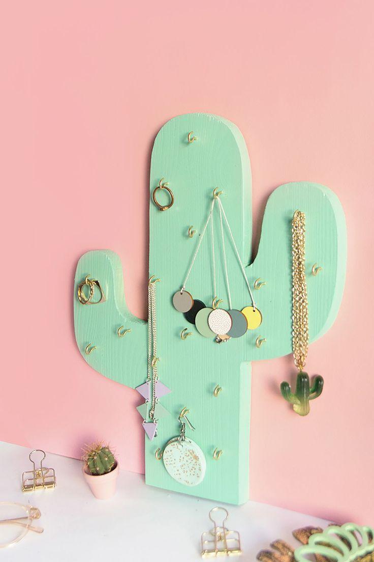 DIY: Schmuckhalter-Kaktus aus Holz selbermachen