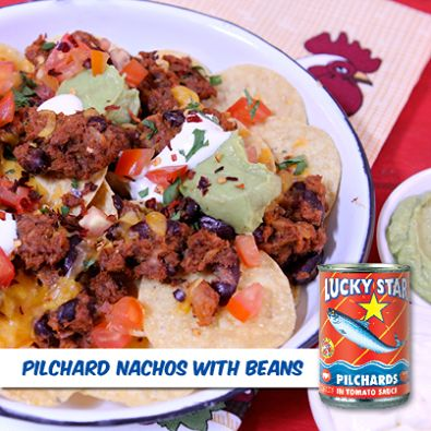 Whip up these cheesy nachos for a casual get together with friends.  Recipe: https://www.facebook.com/LuckyStarSA/photos/a.324080521012669.78759.302222999865088/643470129073705/?type=1&theater
