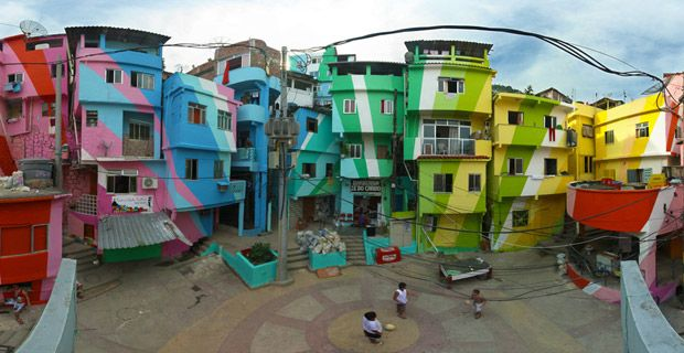 Favela Painting -  Jeroen Koolhaas et Dre Urhahn - O Morro Project - Brasil - Rio