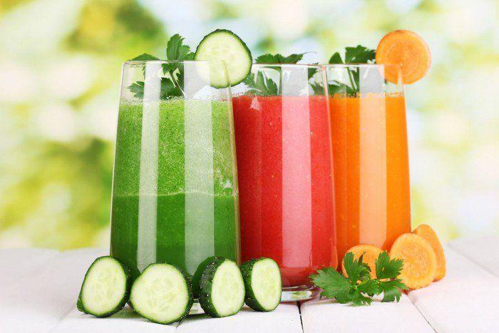 4 Sucos práticos, saudáveis e deliciosos