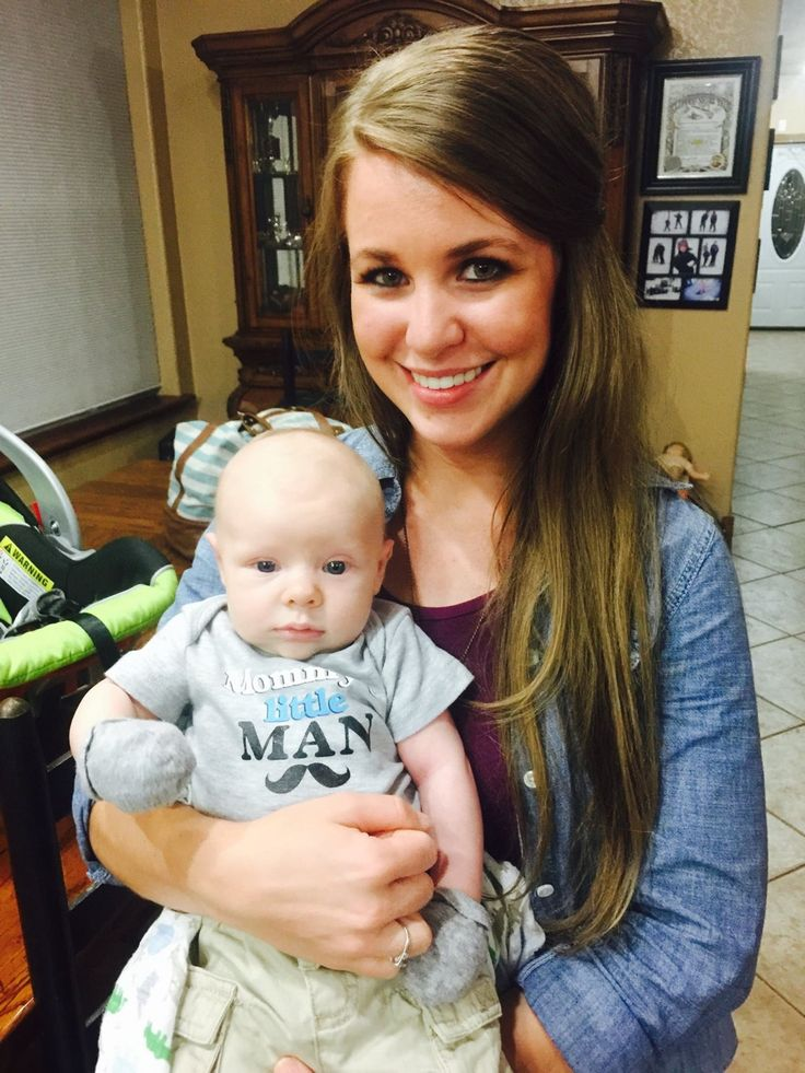 Jana and Israel   Source: Duggar Family Official FB