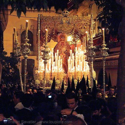 hermandad de la macarena, semana santa en sevilla - Click photo to visit site and view larger image