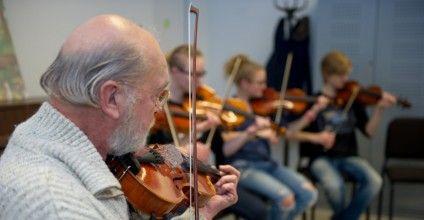 Cursussen | Cultuurhuis De Klinker.Onze groep Fiddle Fun!