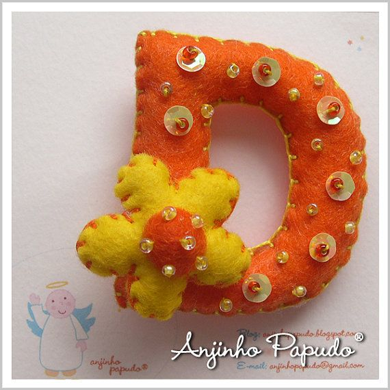 Letter Brooch D felt pin embroidered brooch a by anjinhopapudoShop.