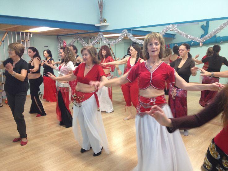 lezione di #natale anche quest'anno! venite a ballare con noi alla festa a ritmo di Jingle Bells Rock. info@spazioaries.it