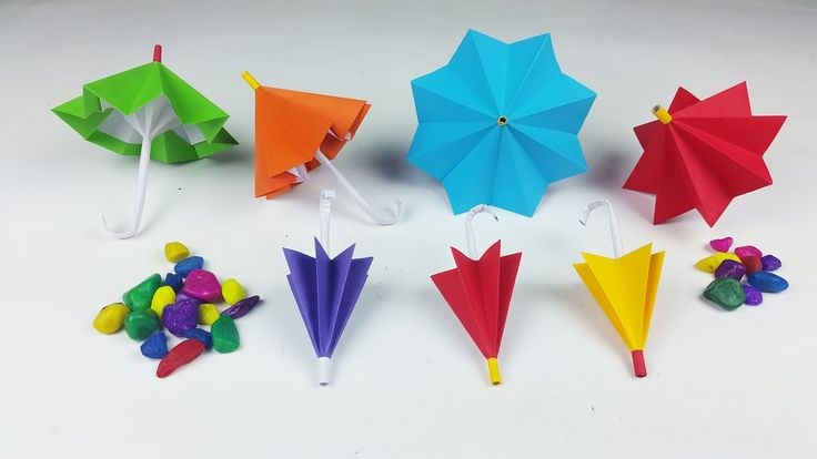 How to make a paper umbrella that open and closes(New version)