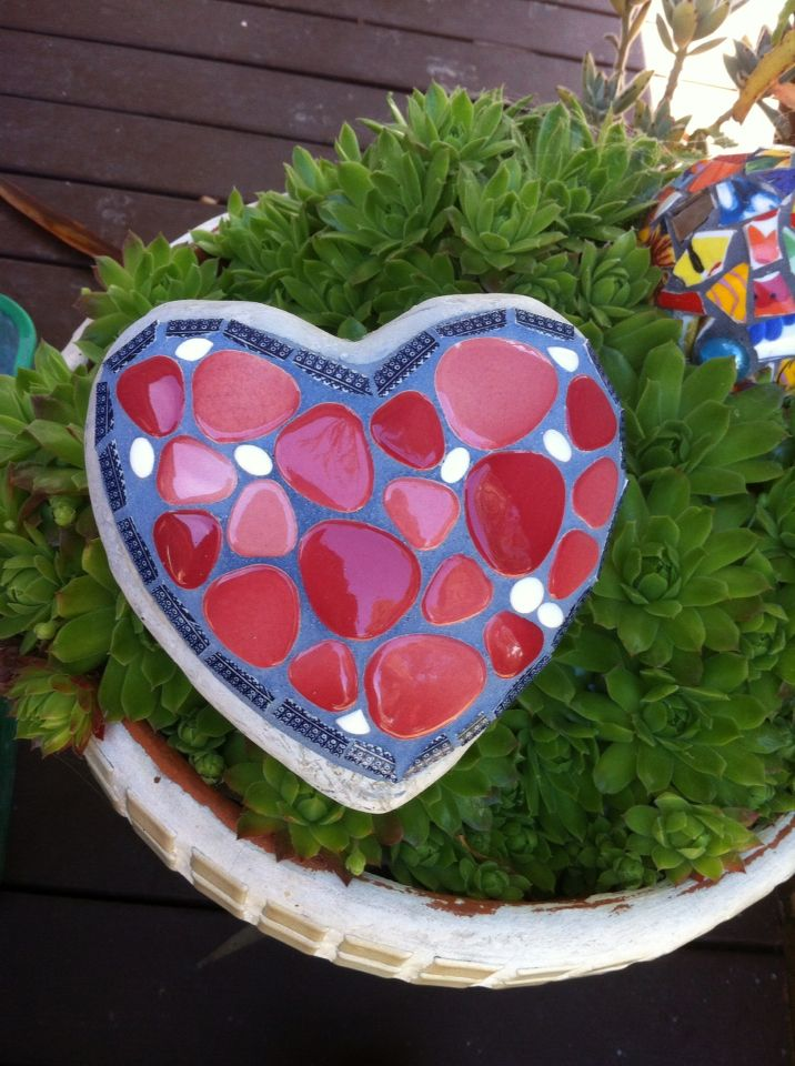 Garden heart - tile, vintage china