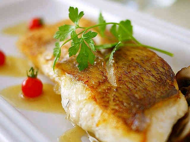 鯛や白身魚で・軽いブールブランソースの画像