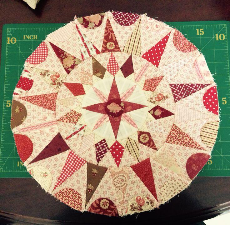 irish circles quilt elisabethsquilts patchwork englisch und runde. Black Bedroom Furniture Sets. Home Design Ideas