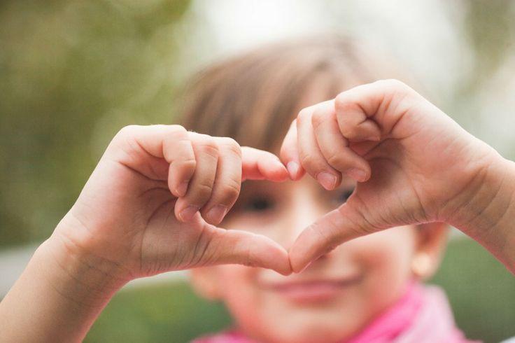 Dai un bacio a chi vuoi tu | Fotografie per tutte le famiglie | Rebecca Vittoria e mamma