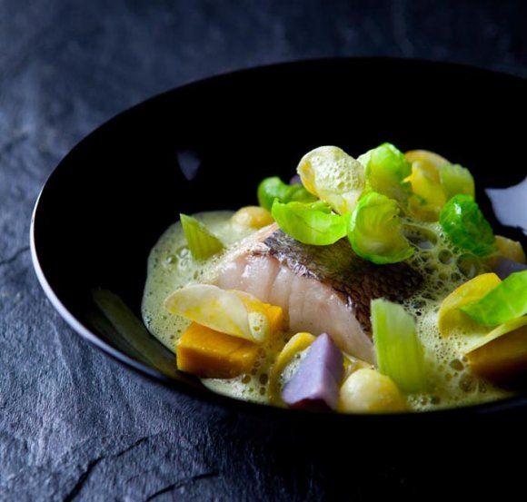 Lättrimmad kummel med persilje- och musselskum | Recept.se