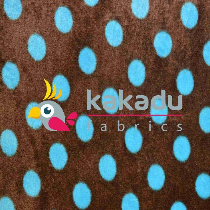 Fleece coral s motivem Tyrkys dots na čokoládě