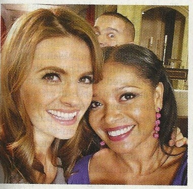 Jon Huertas photobombing Stana Katic and Tamala Jones.