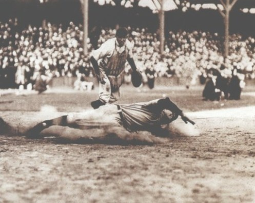 The 1908 World Series featured a rematch of the 1907 World Series as the Chicago Cubs played the Detroit Tigers. Just like in 1907, the Cubs pretty easily handled the Tigers, but that's not to say that Ty Cobb did not have a great series. Cobb went 7 for 19, batted .368, scored 3 runs, and stole 2 bases during the 5 game series.
