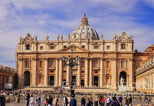 Vatican City - Saint Peter's Basilica by Devasahayam Chandra Dhas