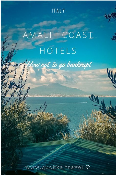 Our mission was to enjoy the romantic Amalfi Coast to the fullest without going bankrupt. Amalfi Coast hotels could cost you a pretty penny, there is a range of affordable hotels. In this blog post, we share accommodation tips and our favourite Amalfi hotels.