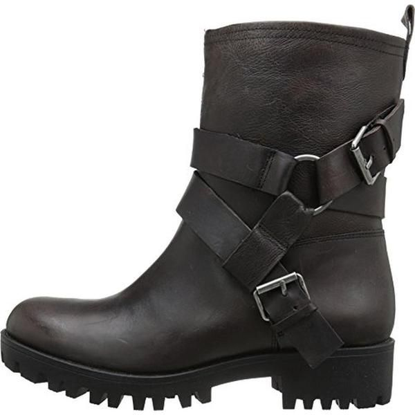Nine West is a women's apparel, footwear and accessory company known by women across the globe. Each season they provide women with affordable, chic, on-trend products. - Manufacturer: Nine West Size:
