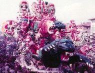 La storia e le tradizioni del Carnevale di Viareggio! Sabato 31 gennaio la cerimonia di inaugurazione ufficiale. Vi aspettiamo per il 142esimo compleanno della manifestazione satirica più coinvolgente d'Italia!