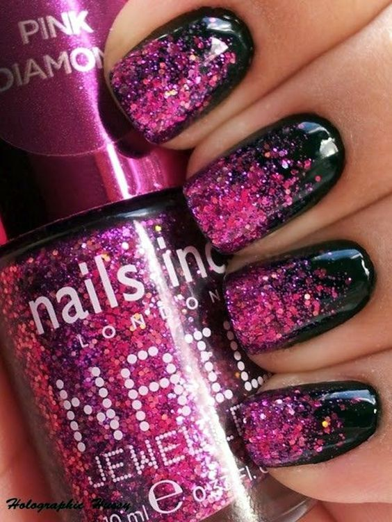 Stunning nail art ideas -- from easy DIY to crazy design ideas -- one week at a time