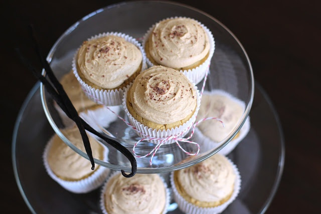 Desserts With Benefits: Vanilla Toffee Quinoa (w/toffee frosting) cupcakes (sugar free and gluten free!)