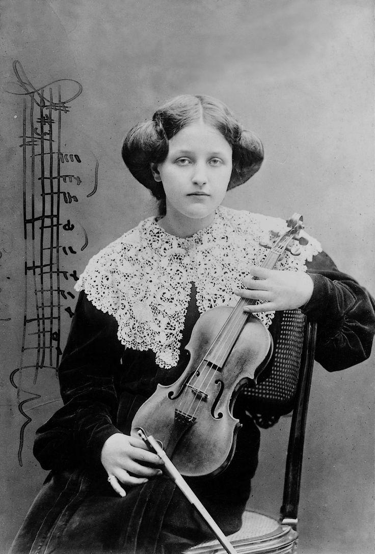 Geyer Stefi, cca 1904