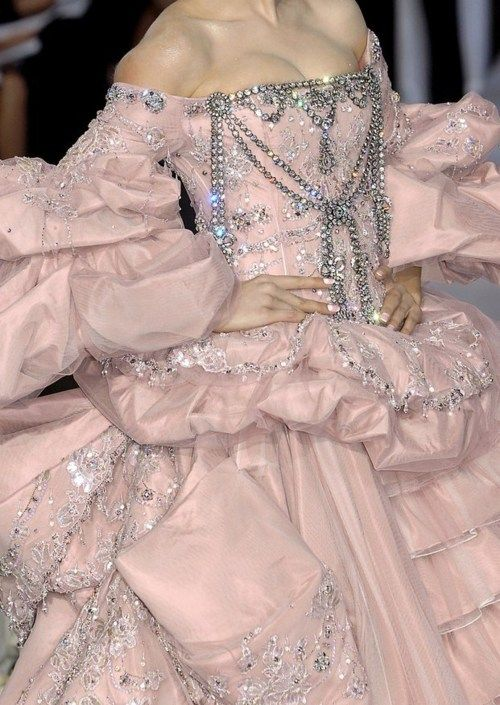Christian Dior Haute Couture - Wow!