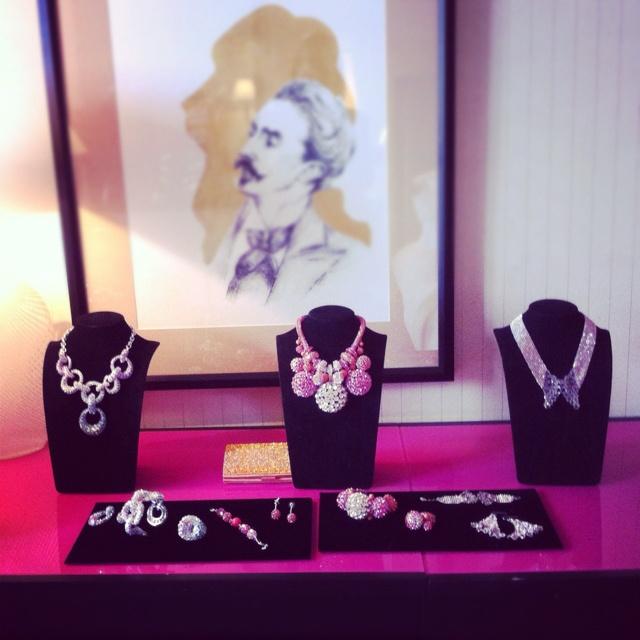 Suite Swarovski - Credits Sandrine Meunier: Awesome Jewelry, Cutesy Stuff, Sweet Kitty, Pretty Things, Suite Swarovski, Jewel Idea