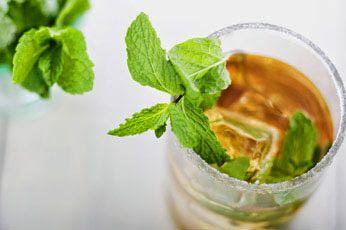 30 июля - День цветных напитков, или Бармен в своём баре | КалейдоскопЪ…