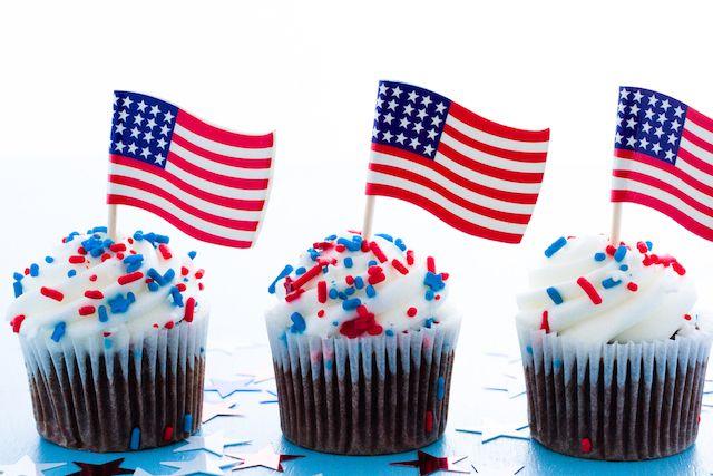 ド派手な星条旗カラー!アメリカ独立記念日を祝うスイーツ5選