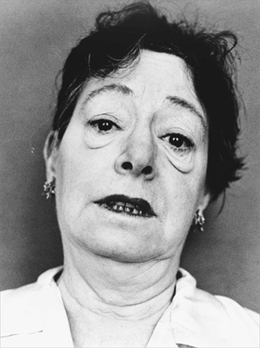 short essay dorothy parker Dorothy parker: what fresh hell is this lesson plan includes 60 short essay assignments that require students to understand and interpret the work.