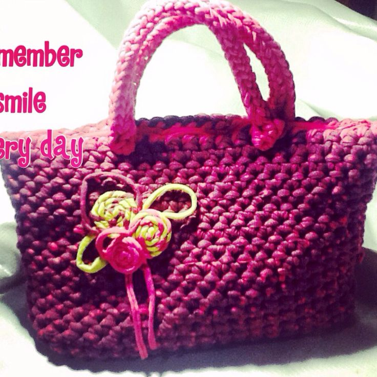 Pink crochet bag!!