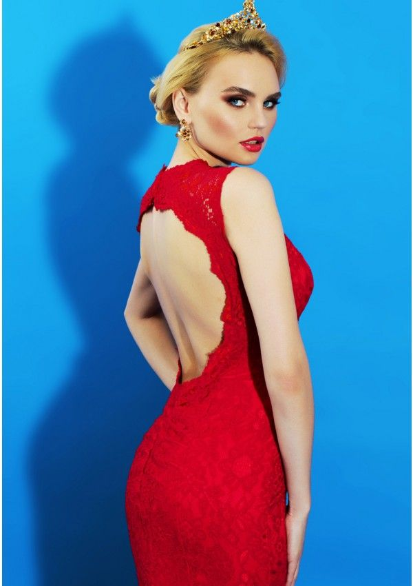 Red is the color of passion, love, elegance and seduction. Wear I'm in Love, a stunning open back, red lace evening dress and you are ready to love and be loved, you are ready for a big sensuous adventure. The leg slit is just another one of your seduction weapons which will make him your forever