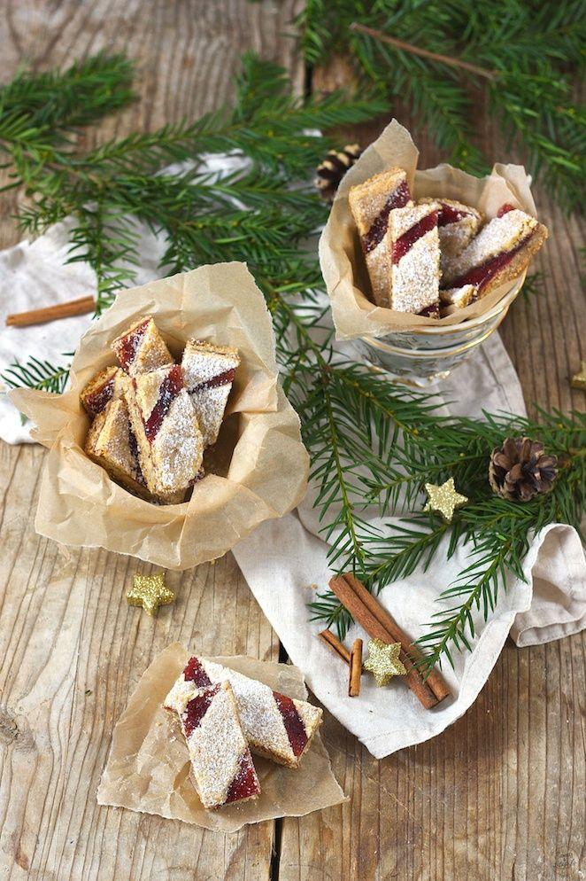 Linzer Streifen Weihnachtskekse von Sweets & Lifestyle®️️